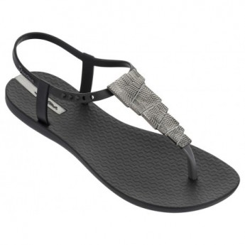CHARM V cristina pedroche black flat finger sandals for woman