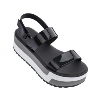 SLASH PLAT black flat roman sandals for woman