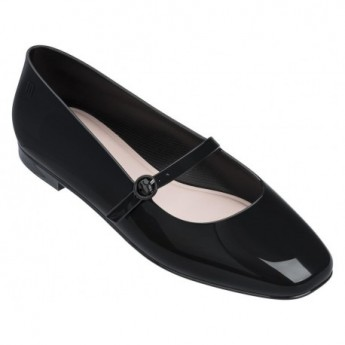 BELIEVE black flat closed ballet flats for woman
