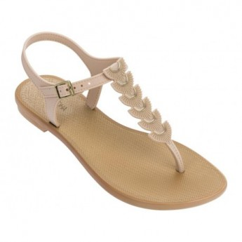 GLAMOROUS beige flat finger sandals for woman