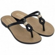 IMPREVISIVEL black flat finger sandals for woman