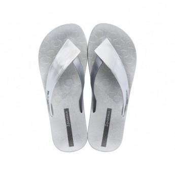 LUSH cristina pedroche silver flat finger sandals for woman